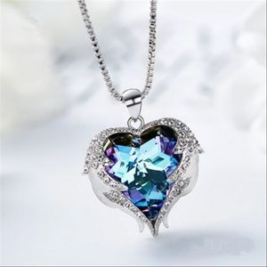 Loye Iridescent Purple Luxury Shiny Heart Necklace